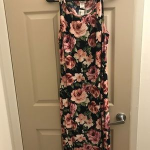 Mid length, thin dress. New with tags